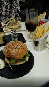 لیسبون-فست-فود-Cultura-do-Hamburguer-122674