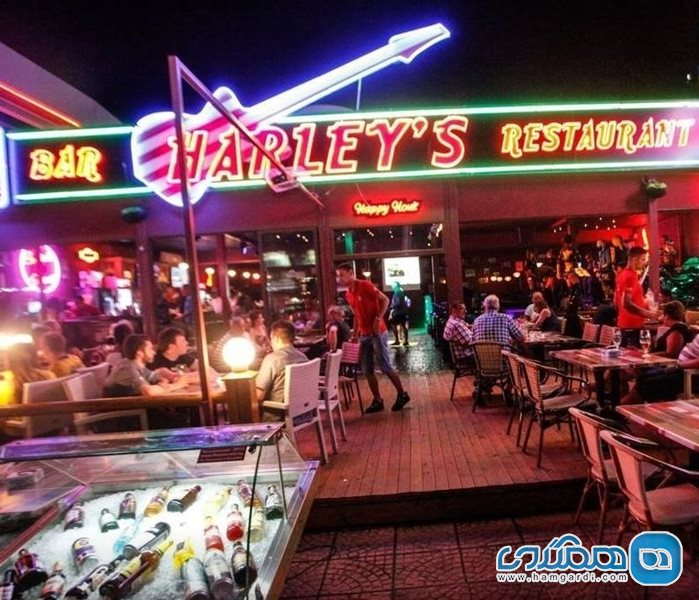 رستوران HARLEY'S Bar & Restaurant سانی بیچ