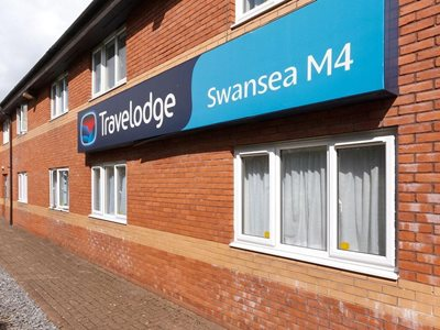 سوانزی-هتل-تراول-اوج-سوانزی-Travelodge-Swansea-M4-335179