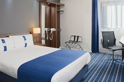 بلفاست-هتل-Holiday-Inn-Express-363945