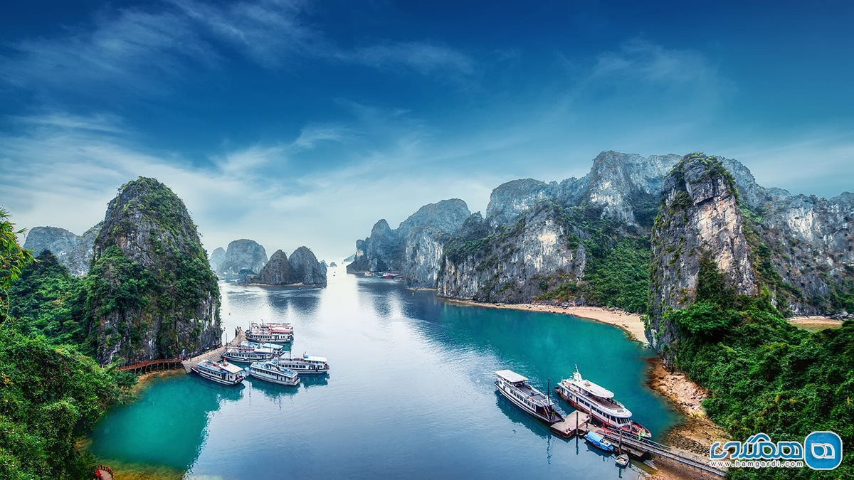 خلیج هالونگ ( Ha Long Bay )