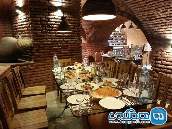 رستوران شاکمن achuchmann wine bar & restaurant